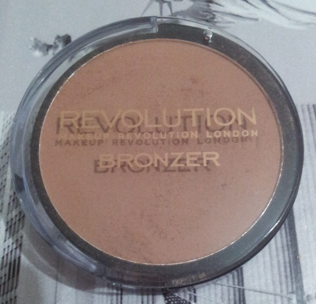 makeup revolution bronzer medium matte