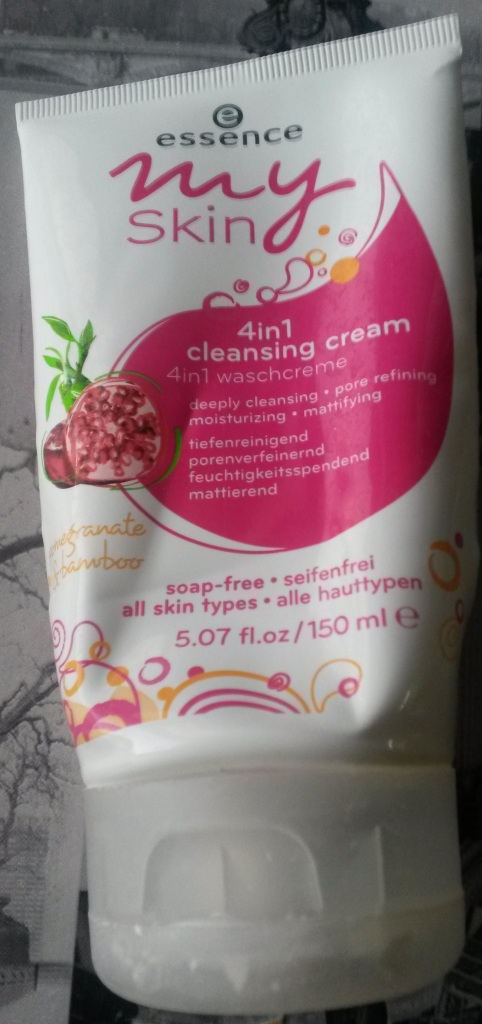Essence My Skin 4 in 1 cleansing cream